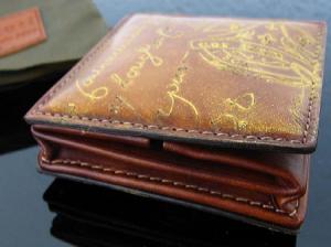 ベルルッティのカリグラフィー・パティーヌ財布